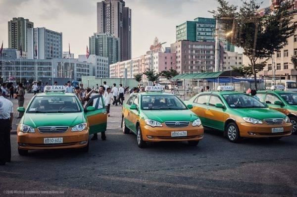 14-capital-coreia-do-norte-taxi