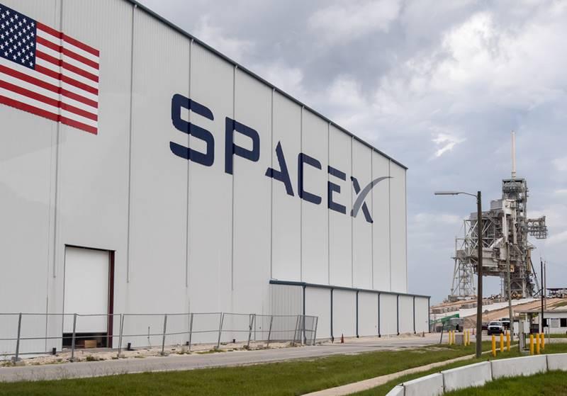 Space X e a iniciativa privada ajudando na viagem para Marte