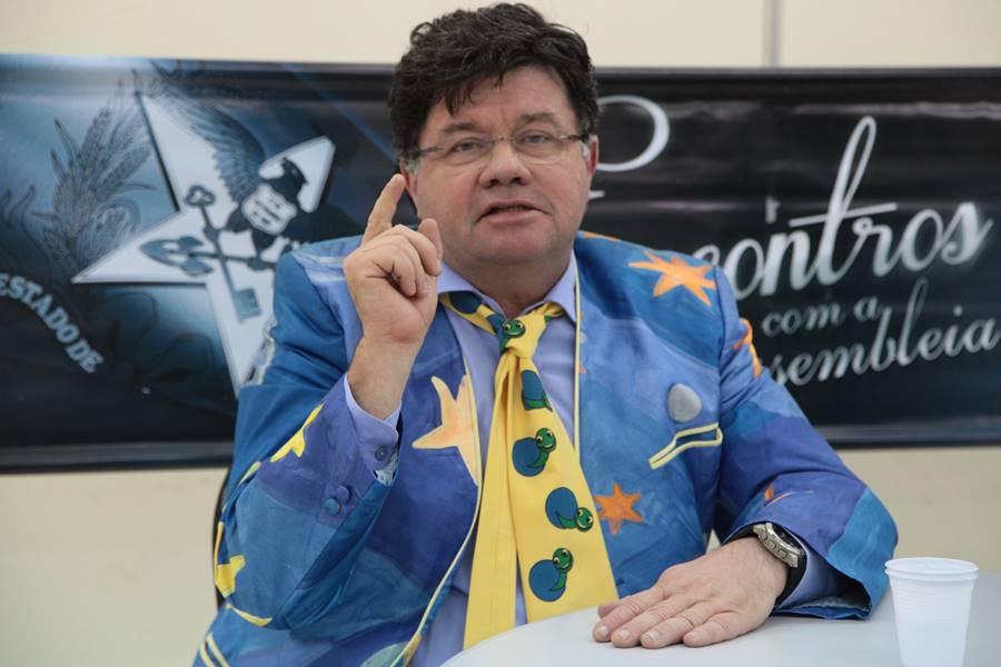 Marcelo Madureira como engenheiro de produção: não combina mesmo