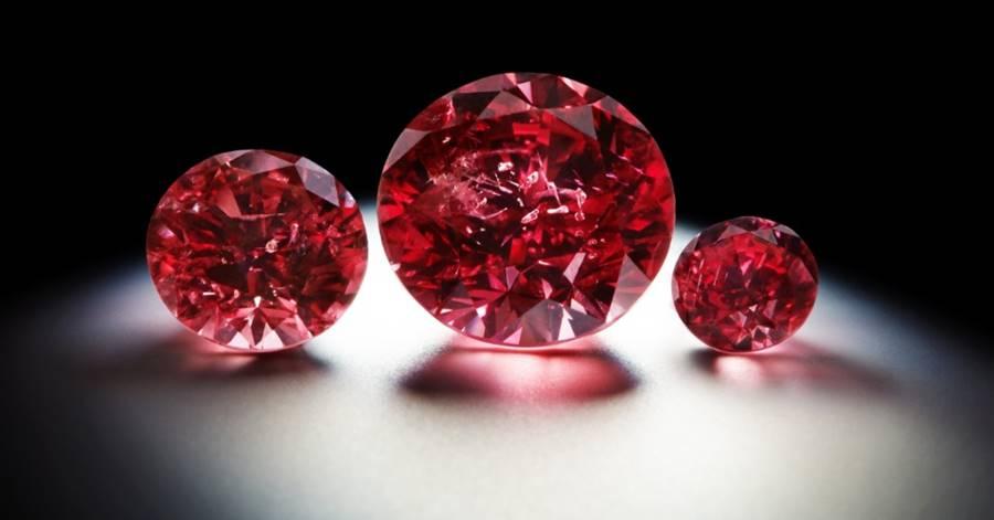 Diamanta vermelho