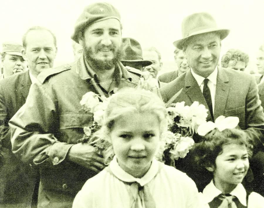 Fidel Castro assumindo o poder