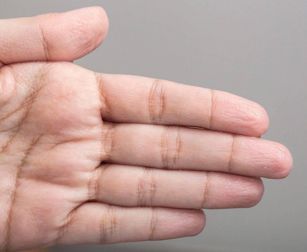 Pele enrugada durante o banho - por que isso acontece?