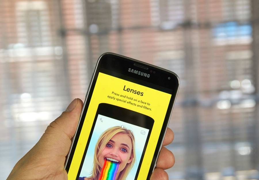 Snapchat rorando em um smartphone