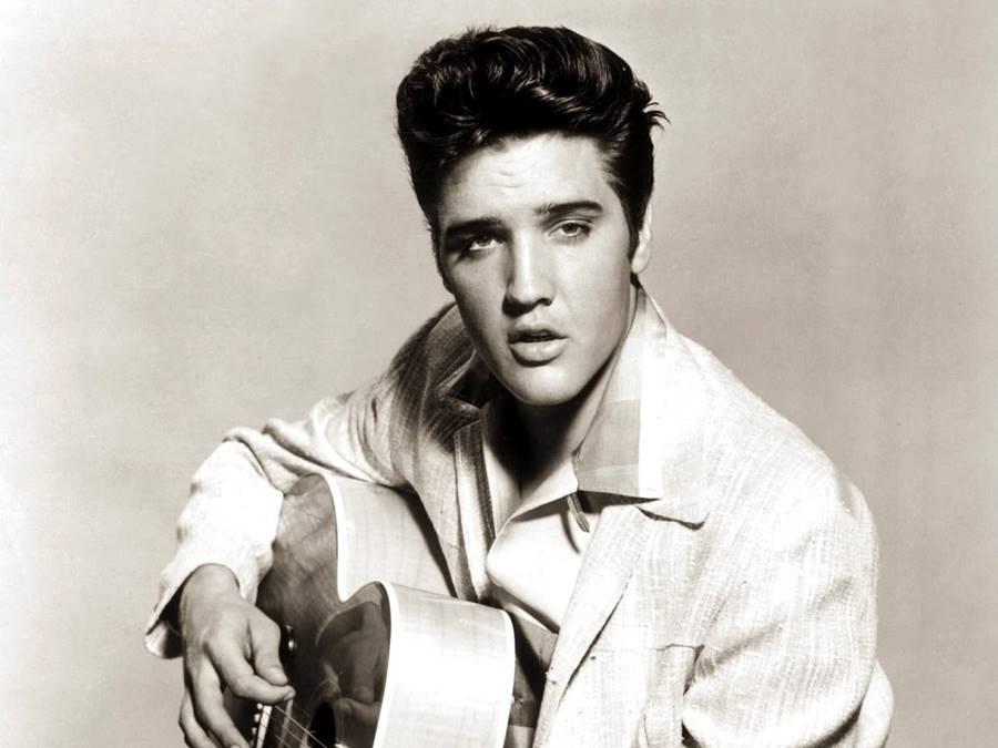 Elvis Presley ainda não morreu