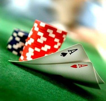 5 Expressões Faciais que você não deve fazer ao jogar poker (1)